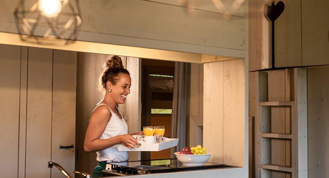 Luxe safari tent met keuken