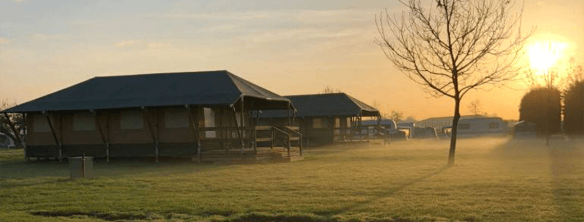 Outstanding Safari Cottage Glamping Show