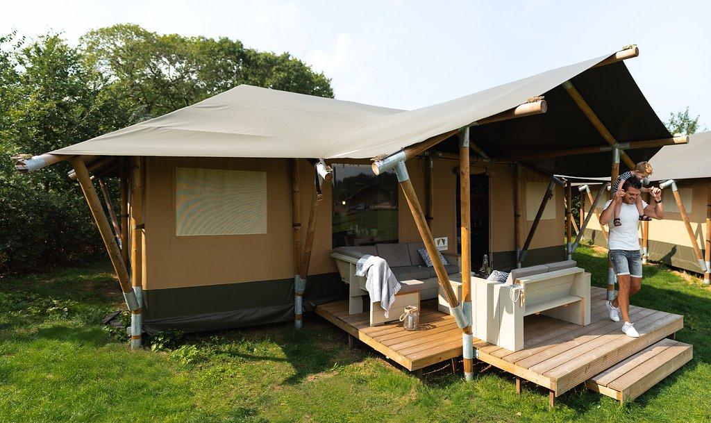 Een innovatieve lodgetent met sanitair kopen | Outstanding Tent